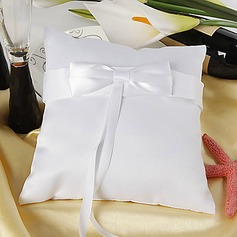 Ring Pillow in Satin With Ribbons Bow