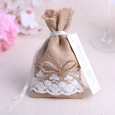 Lovely Favor Bags With Laces (Set of 6)
