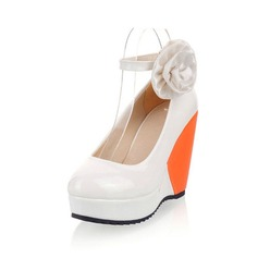 Leatherette Wedge Heel Closed Toe With Flower shoes