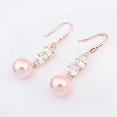 Unique Alloy Zircon With Imitation Pearl Ladies' Fashion Earrings