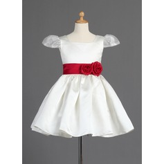 A-Line/Princess Knee-length Flower Girl Dress - Organza/Satin Short Sleeves Square Neckline With Sash/Flower(s)