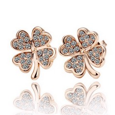 Exquisite Gold Plated With Rhinestone Ladies' Fashion Earrings