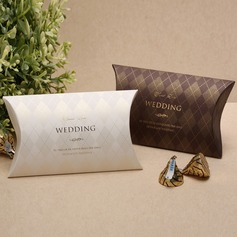 Classic Pillow Favor Boxes  (050028072)