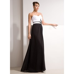 A-Line/Princess Sweetheart Floor-Length Chiffon Evening Dress With Ruffle Beading Appliques Lace