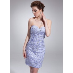 Forme Fourreau Bustier en coeur Court/Mini Charmeuse Robe de cocktail avec Emperler