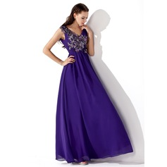 A-Line/Princess V-neck Floor-Length Chiffon Prom Dress With Ruffle Beading Appliques Lace