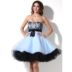Empire Sweetheart Knee-Length Tulle Homecoming Dress With Bow(s)