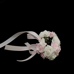 Simple Round Paper Wrist Corsage
