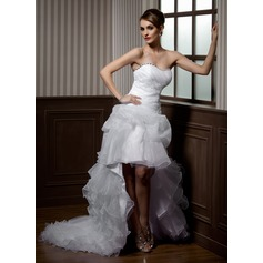A-Line/Princess Sweetheart Asymmetrical Organza Wedding Dress With Beading Appliques Lace Cascading Ruffles