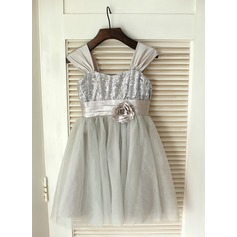 A-Line/Princess Knee-length Flower Girl Dress - Satin/Tulle/Sequined Sleeveless Shirt collar With Flower(s)/Sequins/Bow(s) (010089211)