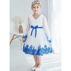 A-Line/Princess Tea-length Flower Girl Dress - Tulle/Lace Long Sleeves V-neck With Lace/Bow(s)