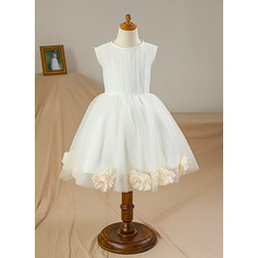 Ball Gown Knee-length Flower Girl Dress - Satin/Tulle Sleeveless Scoop Neck With Flower(s)
