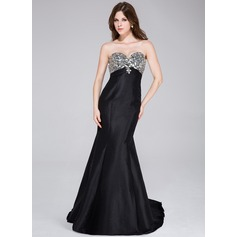 Trumpet/Mermaid Sweetheart Sweep Train Taffeta Prom Dress With Beading