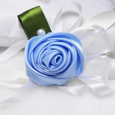 Gorgeous Round Ribbon/Artificial Silk Wrist Corsage
