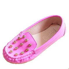 Girl's Leatherette Flat Heel Closed Toe Flats With Rivet