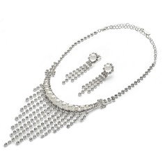 Stylish Alloy/Pearl/Rhinestones Ladies' Jewelry Sets
