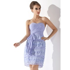 Sheath/Column Sweetheart Knee-Length Chiffon Homecoming Dress With Ruffle Lace Bow(s)