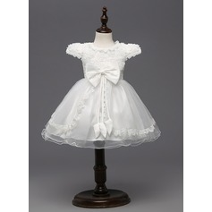 A-Line/Princess Knee-length Flower Girl Dress - Tulle/Polyester Short Sleeves Scoop Neck With Bow(s)