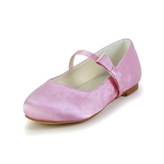 Girl's Satin Flat Heel Closed Toe Flats With Bowknot
