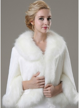 3/4-Length Sleeve Faux Fur Fashion Wrap