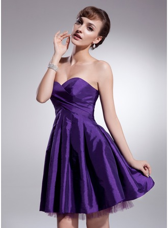 A-Line/Princess Sweetheart Short/Mini Taffeta Tulle Homecoming Dress With Ruffle