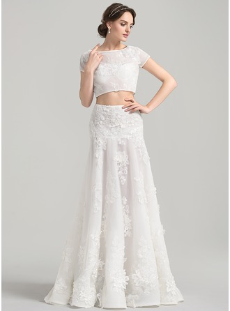 A-Line/Princess Scoop Neck Sweep Train Tulle Lace Wedding Dress With Appliques Lace