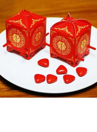 Red Sedan Chair Cubic Favor Boxes