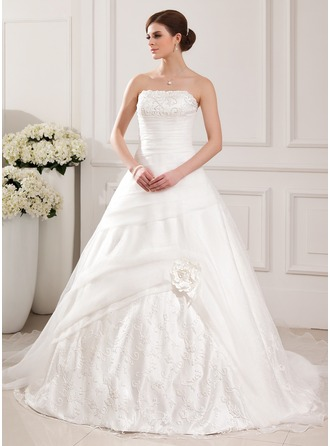 Ball-Gown Strapless Chapel Train Organza Wedding Dress With Lace Beading