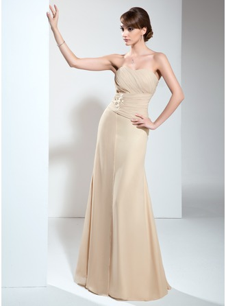 A-Line/Princess Sweetheart Floor-Length Chiffon Mother of the Bride Dress With Ruffle Appliques Lace