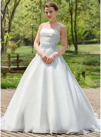 A-Line/Princess Strapless Court Train Organza Wedding Dress With Ruffle Beading