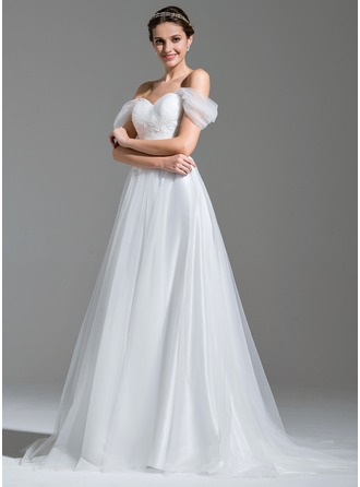 A-Line/Princess Off-the-Shoulder Sweep Train Tulle Wedding Dress With Ruffle Appliques Lace