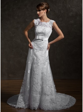 A-Line/Princess Square Neckline Chapel Train Tulle Wedding Dress With Appliques Lace Bow(s)