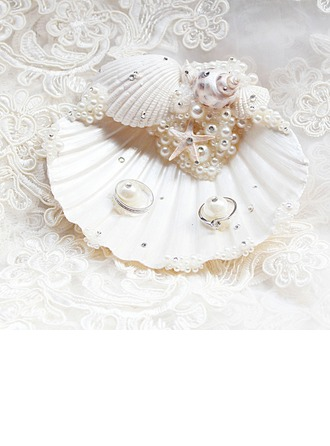 Elegant/Seashell Ring Pillow