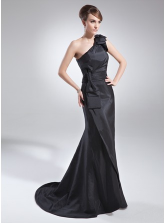Trumpet/Mermaid One-Shoulder Sweep Train Taffeta Mother of the Bride Dress With Ruffle Bow(s)