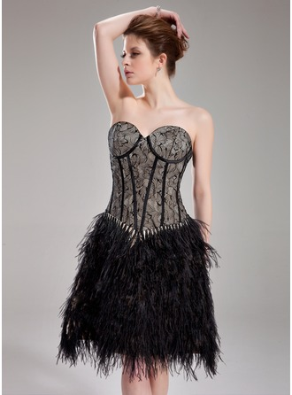 A-Line/Princess Sweetheart Knee-Length Lace Feather Cocktail Dress