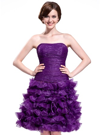 A-Line/Princess Strapless Knee-Length Organza Homecoming Dress With Cascading Ruffles