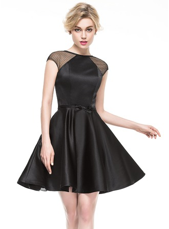 A-Line/Princess Scoop Neck Short/Mini Satin Cocktail Dress With Bow(s)
