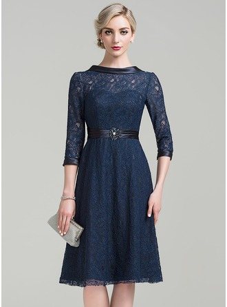 A-Line/Princess Scoop Neck Knee-Length Lace Mother of the Bride Dress With Ruffle Beading Sequins