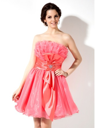 A-Line/Princess Scalloped Neck Short/Mini Taffeta Organza Homecoming Dress With Ruffle Beading Bow(s)