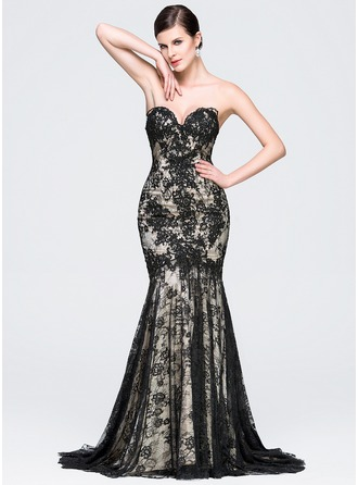 Trumpet/Mermaid Sweetheart Court Train Lace Evening Dress