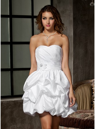 A-Line/Princess Sweetheart Short/Mini Taffeta Wedding Dress With Ruffle Beading Flower(s)
