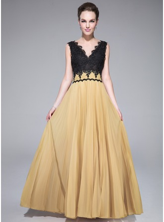 A-Line/Princess V-neck Floor-Length Chiffon Lace Prom Dress With Pleated