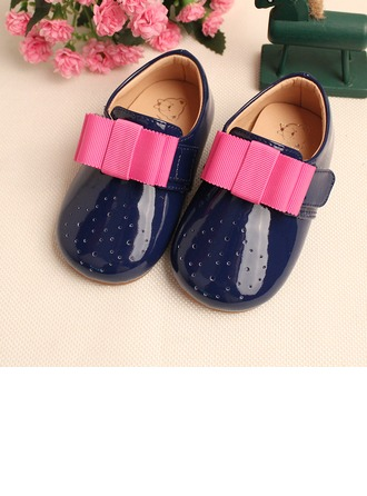 Girl's Leatherette Flat Heel Round Toe Mary Jane Flats With Bowknot