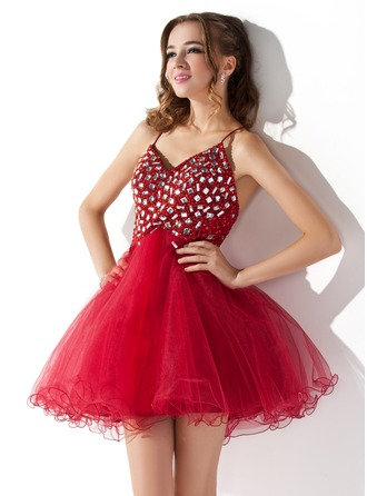 A-Line/Princess V-neck Short/Mini Tulle Homecoming Dress With Ruffle Beading Sequins