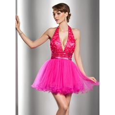 A-Line/Princess Halter Short/Mini Tulle Homecoming Dress With Ruffle Lace Beading