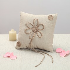Lovely Ring Pillow With Flowers