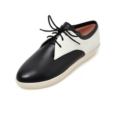 Women's Leatherette Flat Heel Flats With Lace-up shoes