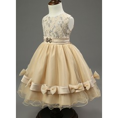 A-Line/Princess Knee-length Flower Girl Dress - Cotton Blends Sleeveless Scoop Neck With Lace