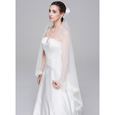 Two-tier Waltz Bridal Veils With Lace Applique Edge