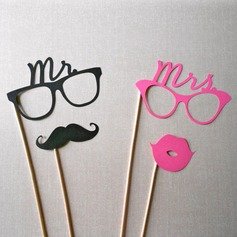"""Mr. & Mrs."" Card Paper Photo Booth Props"